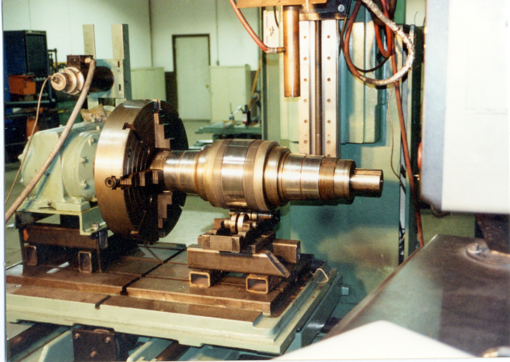 Flattening mill shafts - laser heat treated tapered bearing areas