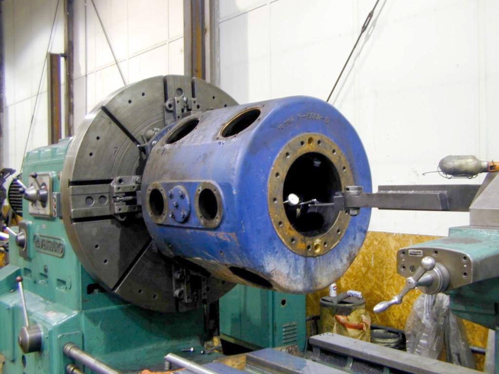 Compressor cylinder - rebuilt bore