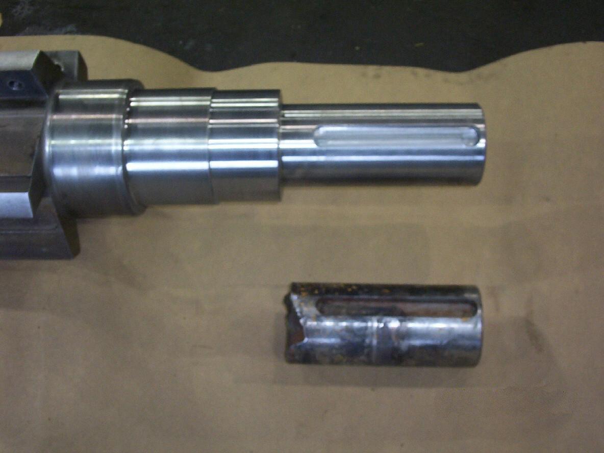 Plastic granulator shaft, stub new end & repair bearing area
