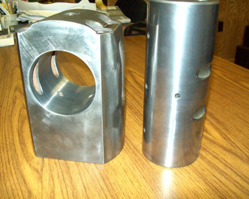 Cans 33-(lids) wrist pin & connecting rod end (Bruderer press) coated & finished