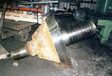 Crusher cone bearing & seal areas